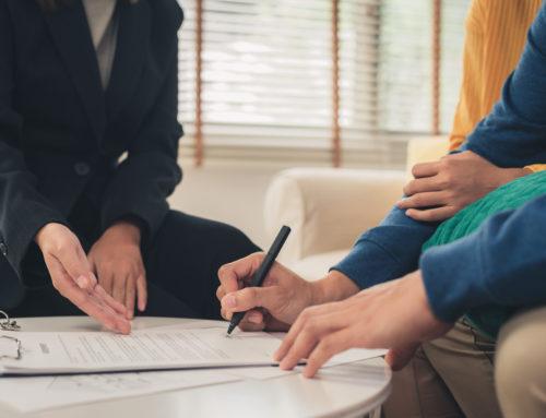 Pośrednik kredytowy – czy warto korzystać z jego usług?